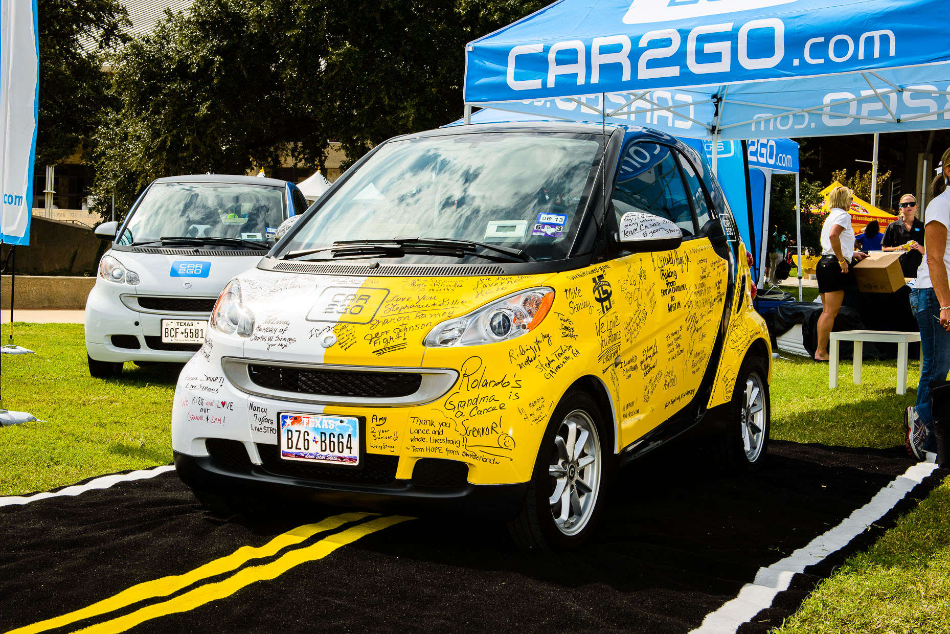Downtown-Austin-Commercial-Photographer-car2go-fundraiser-livestrong.jpg