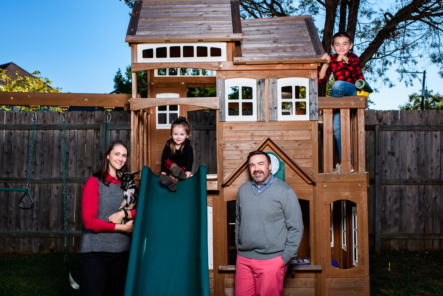 backyard family portraits by austin photographer