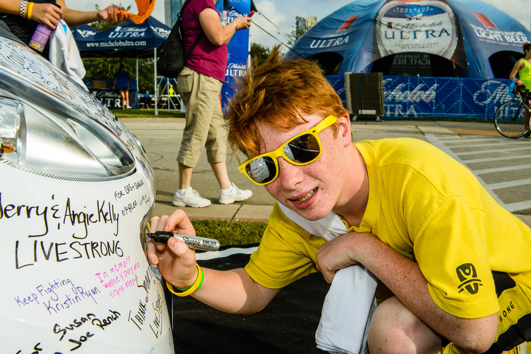 Livestrong-Austin-Commercial-Photographer-car2go-Signing.jpg