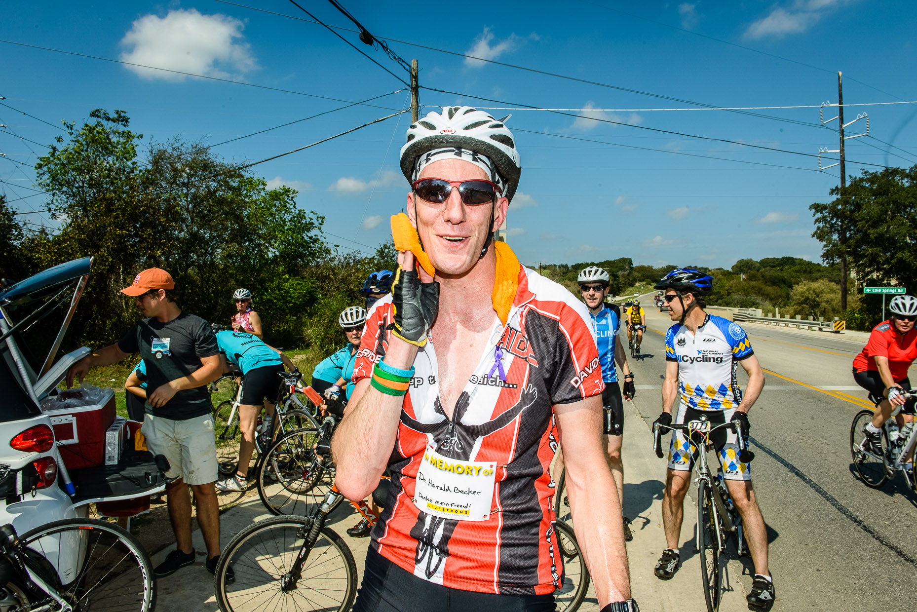 Livestrong-Austin-Commercial-Photographer-car2go-bicyclists-ride.jpg
