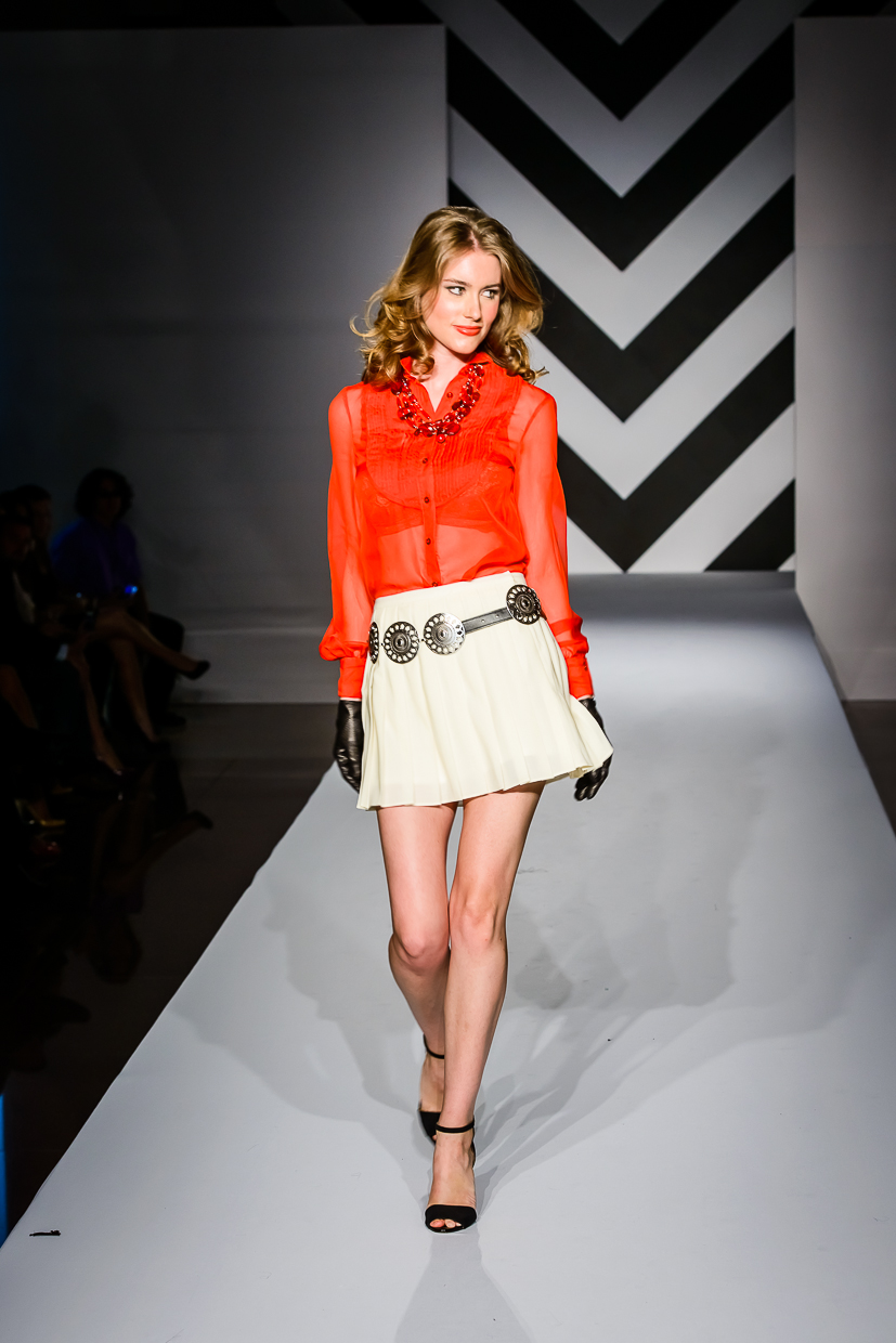 Ross-Bennett-Circuit-Of-Americas-Austin-Fashion-Week-Runway-Rossi.jpg